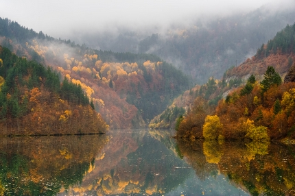 Bulgariuan autumn reflections